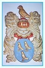 Familiewapen familie Vogels:, 3 goudkleurige merlets op Azuur veld, een Gouden Merlet op Zilveren helm